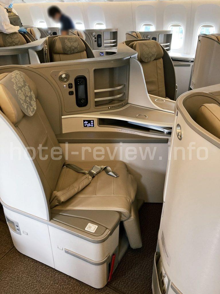 中国東方航空のビジネスクラス機内