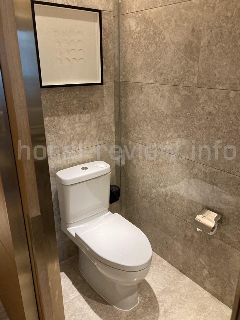 ハイアット深セントイレ